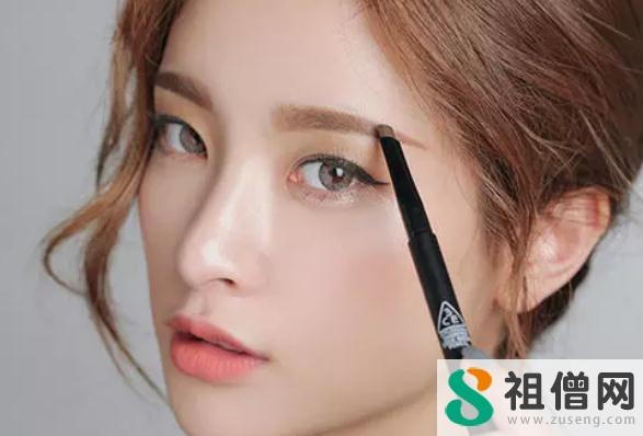 眉笔可以不洗吗 眉笔可以画发际线吗